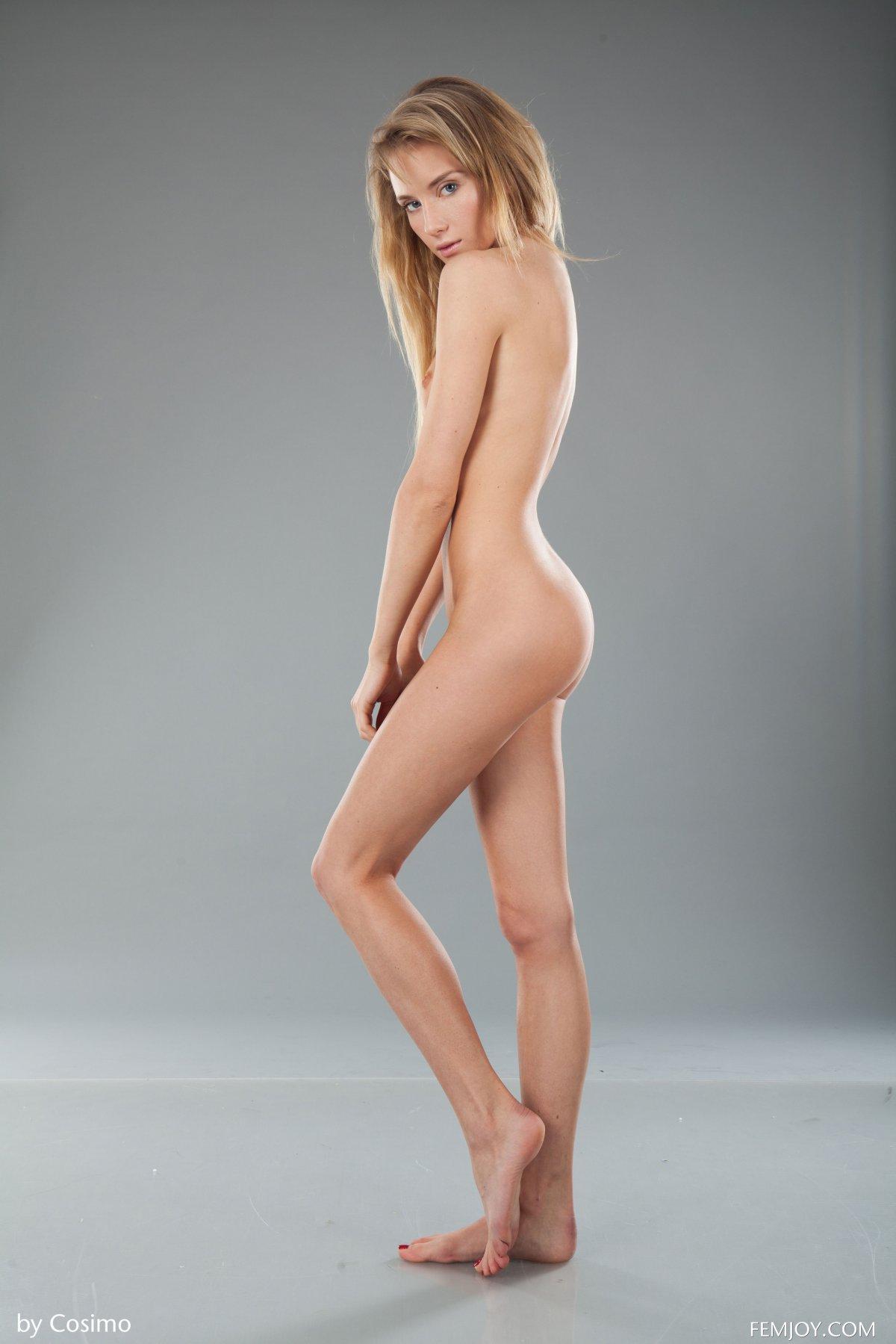 Monika V Nude In Kiss My Lips Femjoy Model Photos